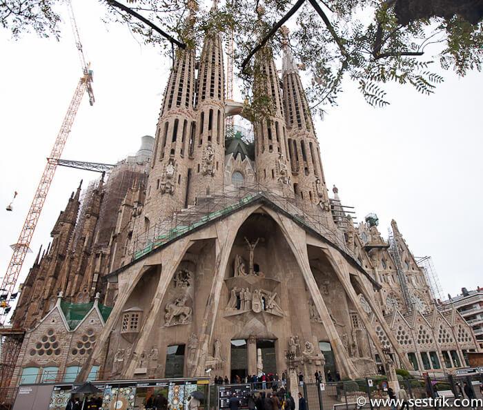 Что посмотреть в Барселоне Саграда Фамилия