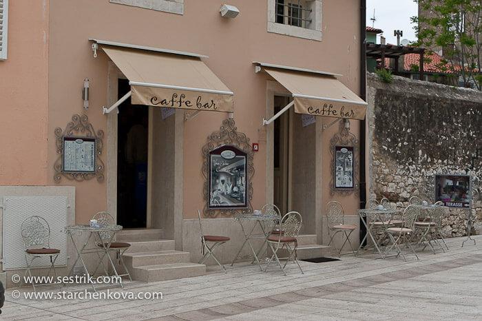 фото кафе в Пореч