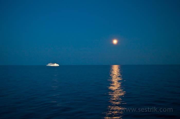 паром в таллин лунная дорожка