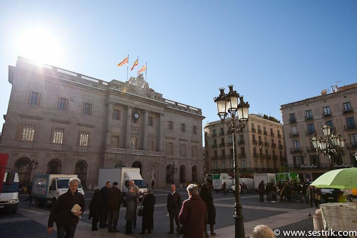 Фотографии Барселоны площадь женералитат