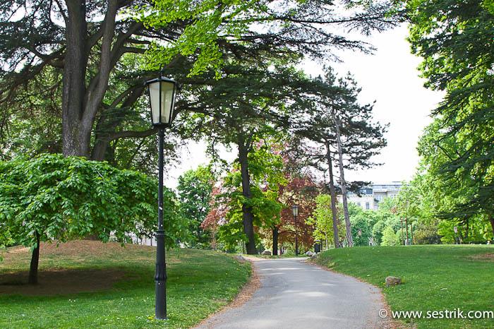Бургартен парк