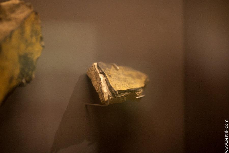 музей в храме золотого будды