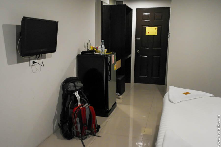 уютный недорогой отель у аэропорта