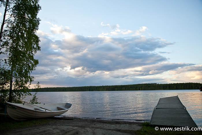Озеро в коттеджном поселке