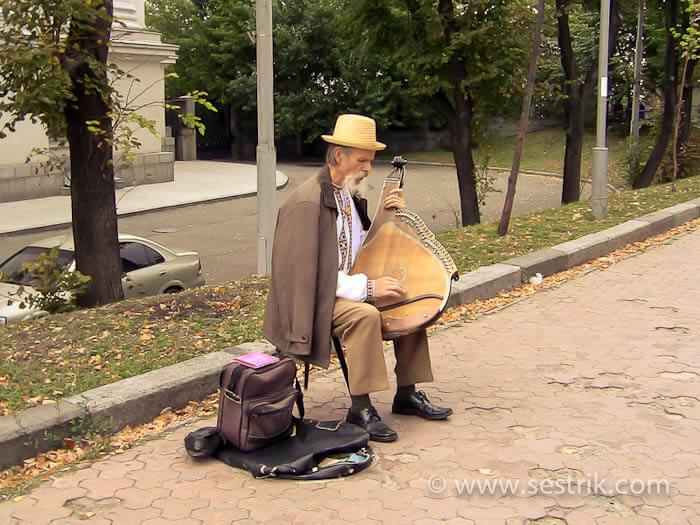 Бандурист у Владимирской горки